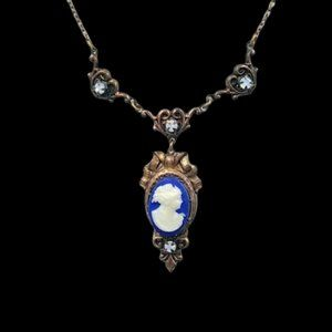 Turn of Century Glass Cameo Necklace